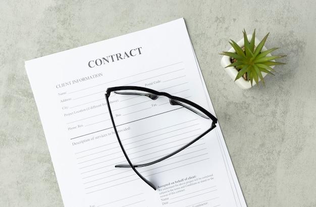 Firma del contratto legale - compra vendita contratto immobiliare