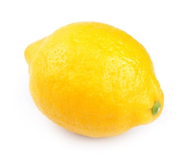 Fine della frutta del limone su su bianco