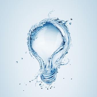 Lampadina da spruzzi d'acqua isolata su uno sfondo blu