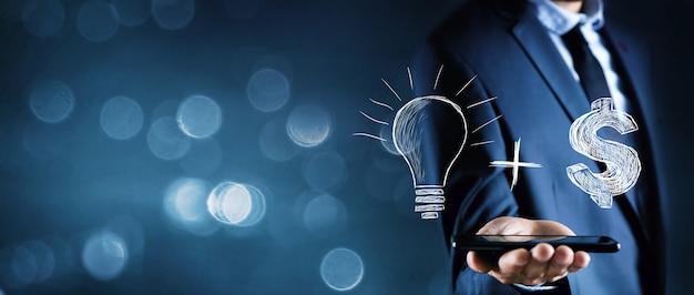 Lampadina + idea.concetto di affari