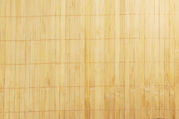 Stuzzicadenti in legno chiaro texture mat. vista dall'alto.
