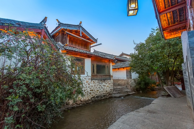 Via della costruzione della città antica di lijiang