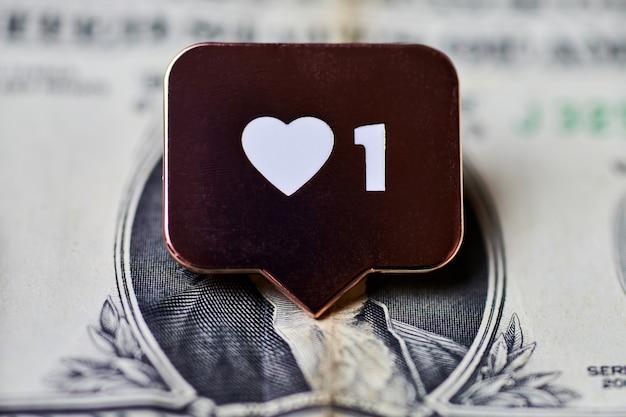 Come il simbolo del cuore sul dollaro. pulsante come segno, simbolo con cuore e una cifra.