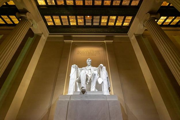 Statua del lincoln memorial