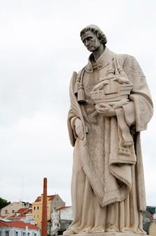 Statua del portogallo della città di lisbona del punto di riferimento di saint vincent