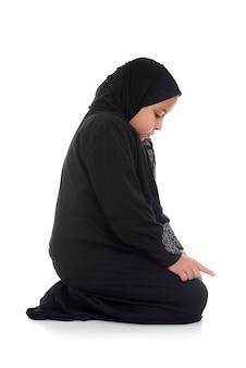 Bambina musulmana in costume tradizionale