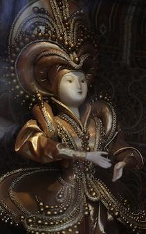 Bambolina di porcellana