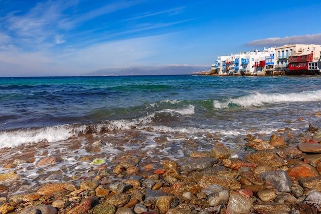 Piccola venezia sull'isola di mykonos, grecia