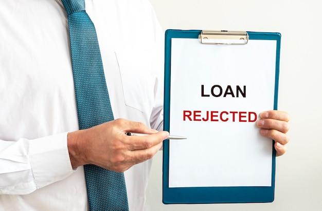 Iscrizione su carta approvata prestito. prestito finanziario e concetto di prestito.