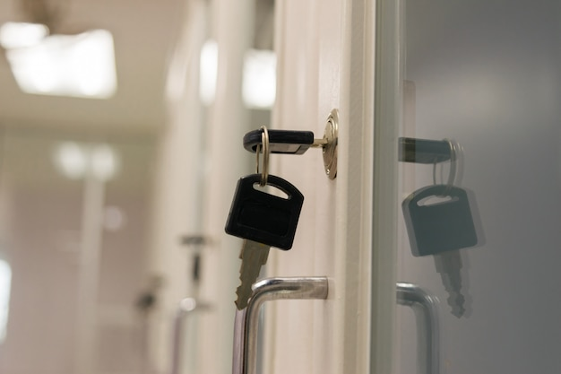 Chiave di blocco portadocumenti in ufficio