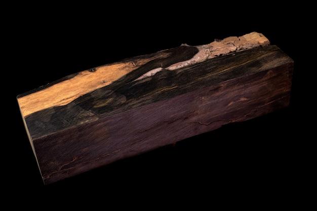 Registri di ebano legnoso esotico bellissimo motivo per artigianato a sfondo nero