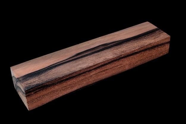 Registri di legno di cachi bellissimo motivo per l'artigianato sullo sfondo nero