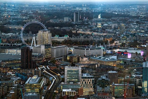 Londra - 6 dicembre: vista dallo shard a londra il 6 dicembre 2013