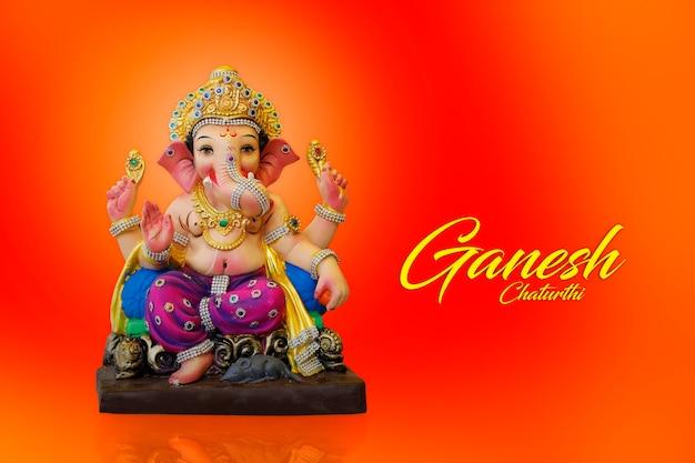 Scultura di lord ganesha, festival indiano di ganesh