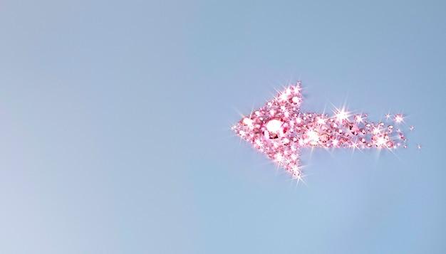 Molte gemme sparse sulla superficie a forma di freccia. illustrazione 3d