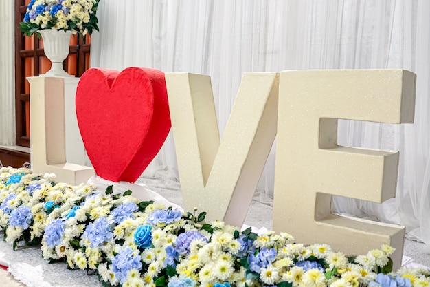 Amore lettere standy nella cerimonia di nozze