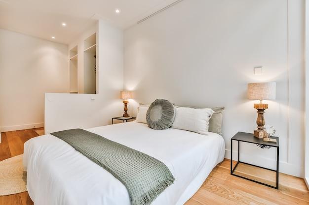 Camera da letto di lusso della casa in un bellissimo design