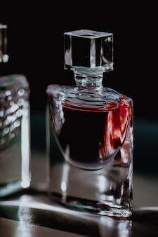 Bottiglia di profumo di lusso bellezza e cosmetici