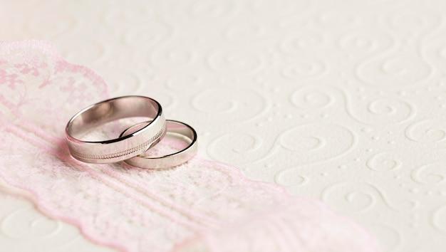 Alta vista del concetto di matrimonio di lusso