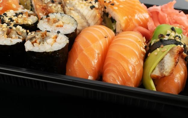 Foto macro di asporto sushi lunch box