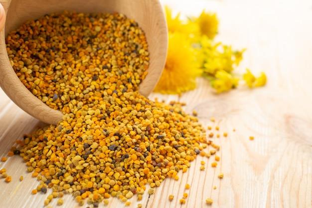 Colpo a macroistruzione di polline d'api o perga