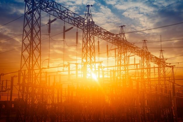 Centrale elettrica idee energetiche e risparmio energetico