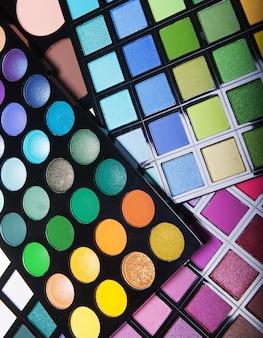 Collezione di make-up per viso creativo