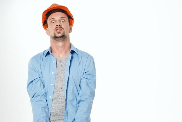 I costruttori maschi progettano la professione lavorativa del costruttore