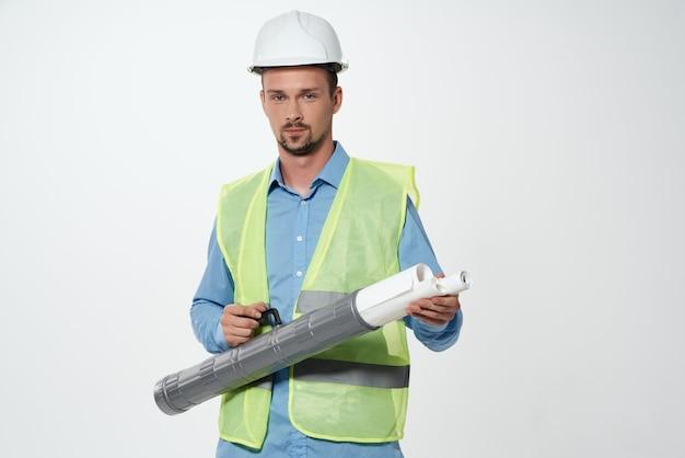 Fondo isolato lavoro professionale dei costruttori maschii