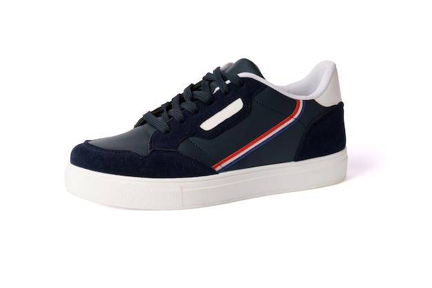 Scarpe da ginnastica maschili isolate. nuove scarpe da ginnastica blu navy