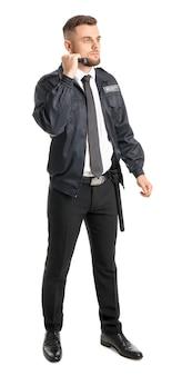 Guardia di sicurezza maschile con torcia su bianco
