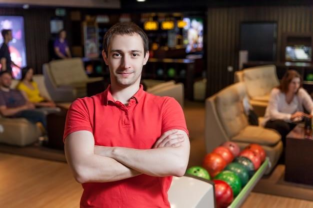 Uomo a bowling