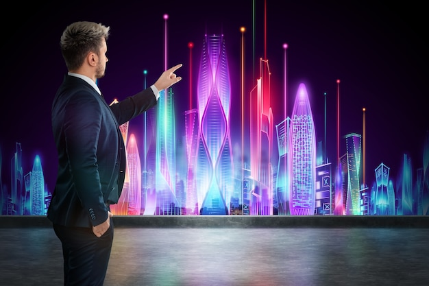 Un uomo in giacca e cravatta, un uomo d'affari si erge sullo sfondo di una città futuristica