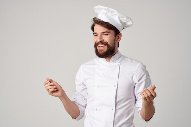 Sfondo isolato professionale di servizio ristorante uomo
