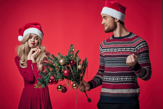 Uomo e donna vacanza natale decorazione romanticismo familiare. foto di alta qualità