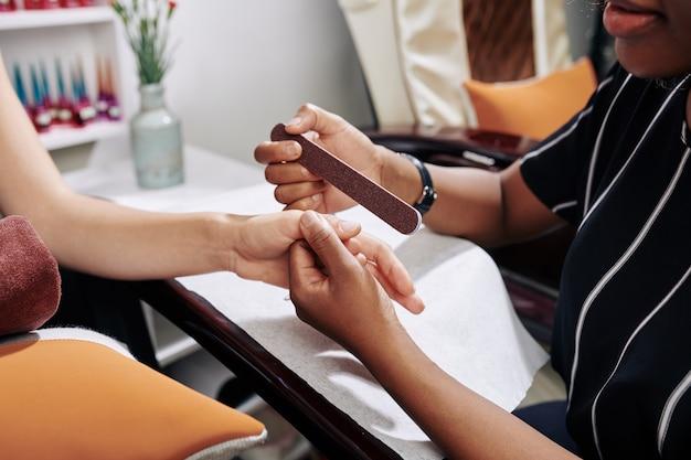 Chiodi di limatura manicure