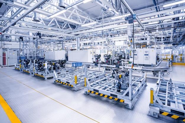 Fabbricazione del motore di automobile nello stabilimento automobilistico