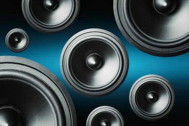 Molti altoparlanti audio su sfondo scuro