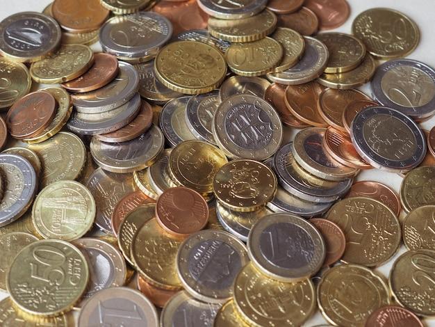 Molte monete in euro
