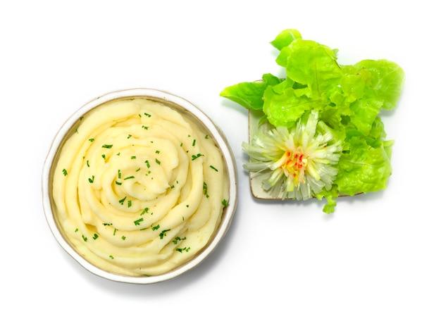 Purè di patate cremoso delizioso contorno di contorno di verdure intagliate topview