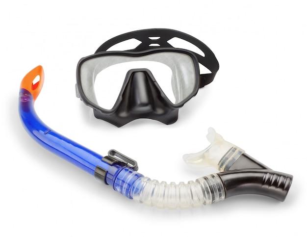 Maschera e snorkeling immersioni e pesca subacquea. su un muro bianco