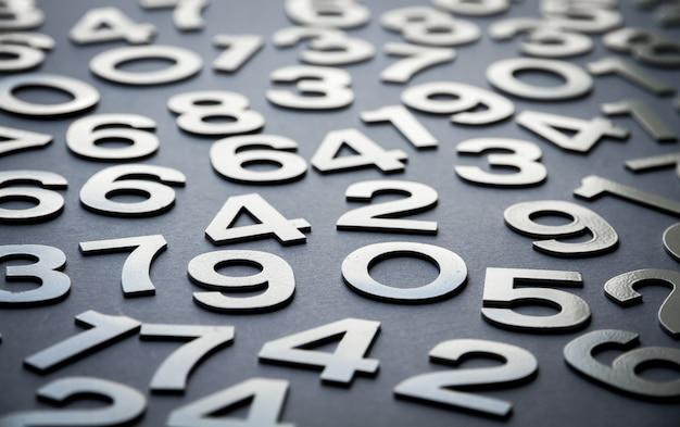 Sfondo di matematica realizzato con numeri solidi
