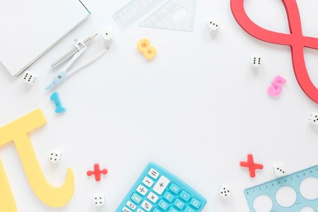 Matematica con cornice numerica con spazio di copia