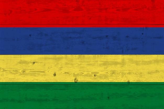 Bandiera delle mauritius dipinta su vecchia plancia di legno