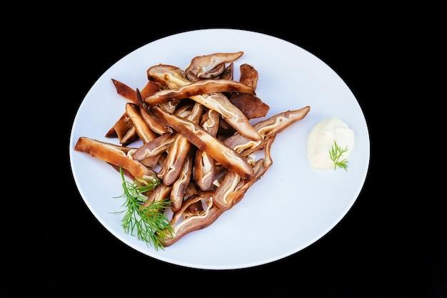 Maionese orecchie di maiale affumicate tagliate cooke black lunch affettate alla griglia scura