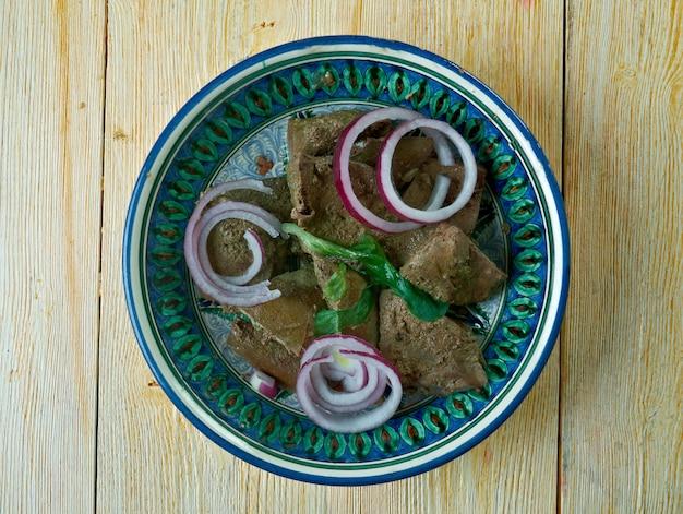 Mazza uzbek piatto arrosto di fegato di agnello