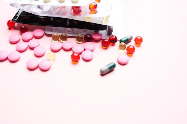 Medicina pillole medicinali trattamento prodotti farmaceutici