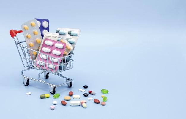 Medicinali nel carrello della spesa