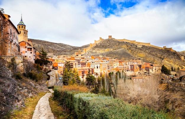 Borgo medievale di terracotte in aragona