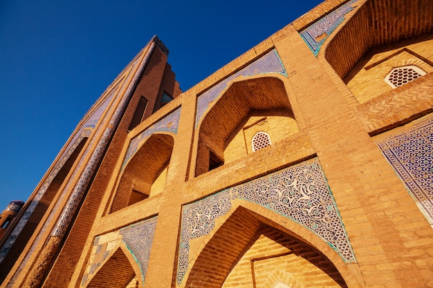 Medrese nella città antica bukhara, uzbekistan